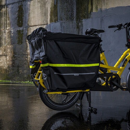 Tern GSD has a max gross vehicle weight of 200 kg, and the rear rack can carry up to 100 kg.