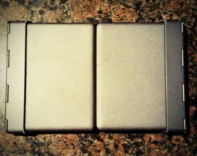 1byone folding keyboard when folded.