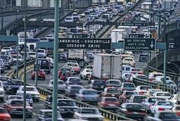 Don't get stuck in traffic jams on your daily commute!